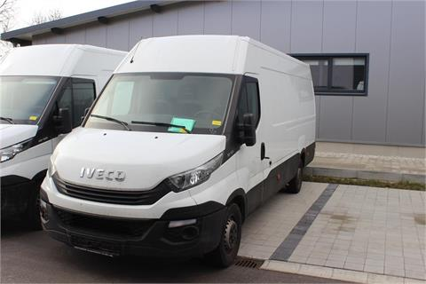 Transporter Iveco Daily 35S12
